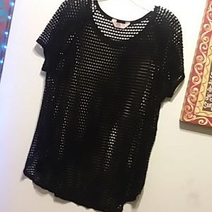 Completely fish net shirt
